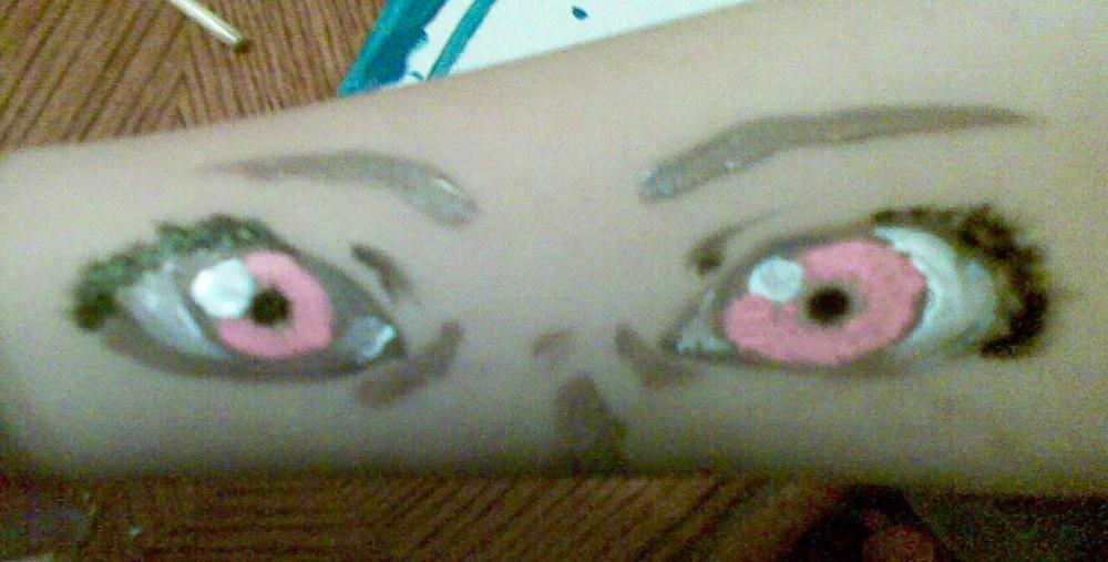 Arm Eyes 1