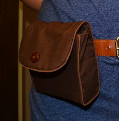 Bulma Pack, brown belt