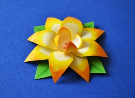 paper flower Gold Lotus
